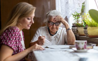 What happens in the early stages of dementia?